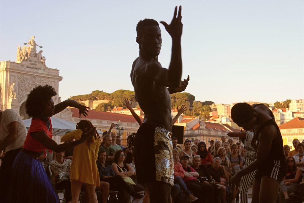 """TEATRO """"O Último Slow"""" Encenação: Rui Catalão Produções Independentes"""