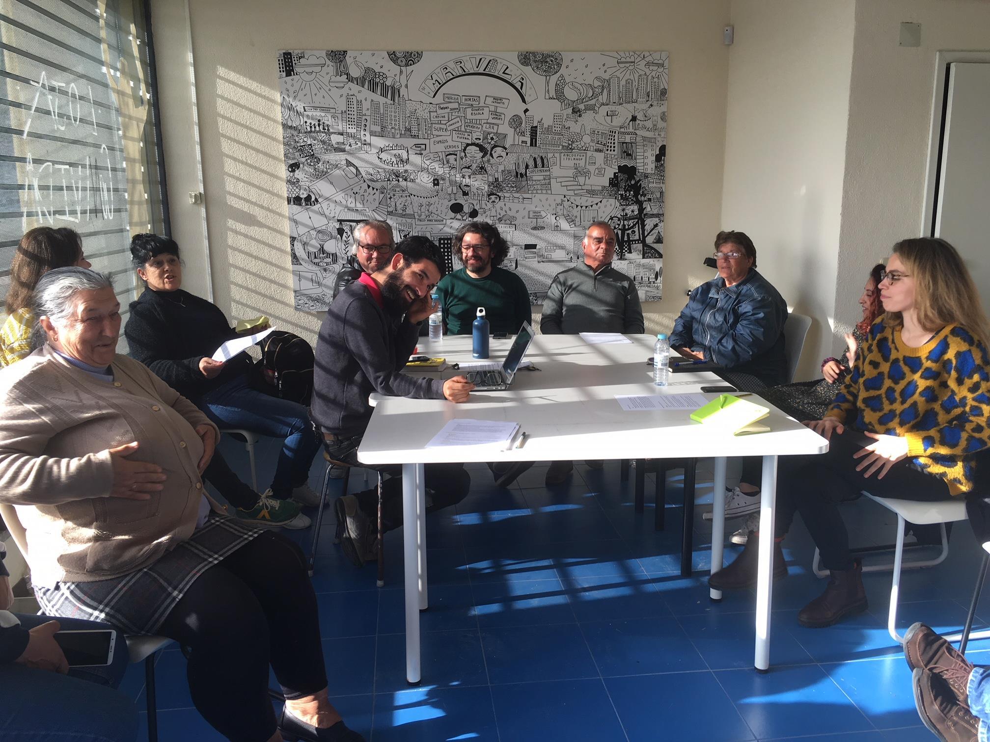 Preparação da participação da intervenção do grupo comunitário Quarto Crescente na Reunião Descentralizada da Câmara de Lisboa